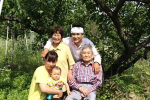 キラキラすももの野田さん家族