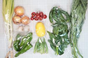 8月17日の無施肥無農薬栽培と自然栽培の野菜の定期宅配セット